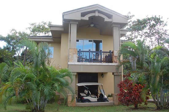 Red Frog Beach Island Resort & Spa: Our villa, 3 BR, 3 bath.