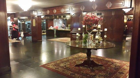 Hotel Excelsior Asuncion: Vista del Lobby
