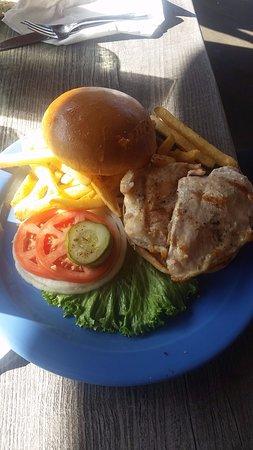 Milagros Food Co: Chicken burger