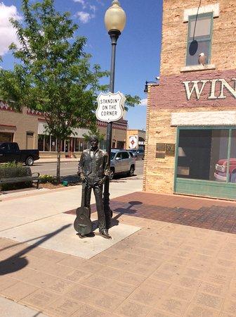 Winslow, AZ: A cute little town