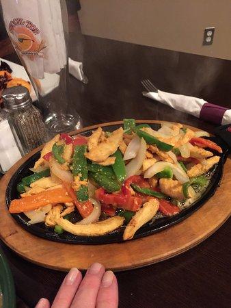 Hadley, MA: Chicken fajitas. Delicious!
