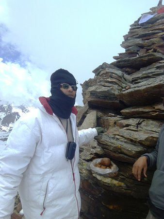 Sangla, India: my self at top of the pass offering puja