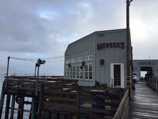 Avila Beach, CA: exterior of restaurant