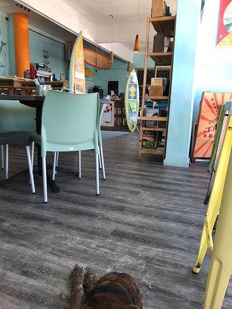 Hang Ten Café: photo0.jpg