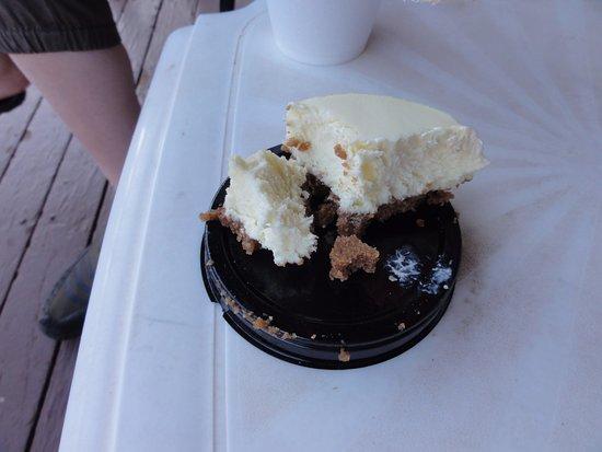 Sol Foods: でかいチーズケーキ
