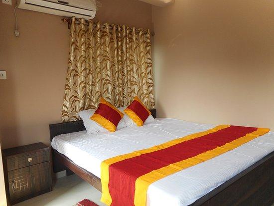 Hotel Utsav Plaza