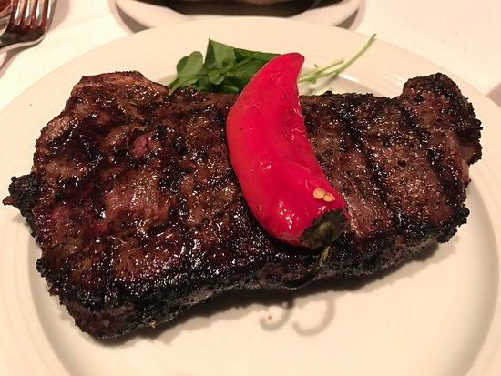 Gallagher's Steakhouse: photo3.jpg