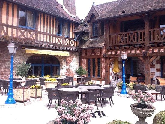 La Saussaye Photo