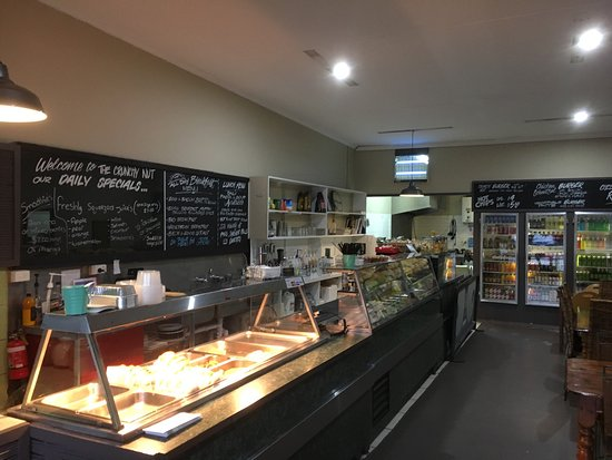 Monbulk, Australia: The Crunchy Nut Cafe