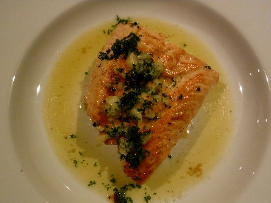The Oak: Salmon with garlic butter