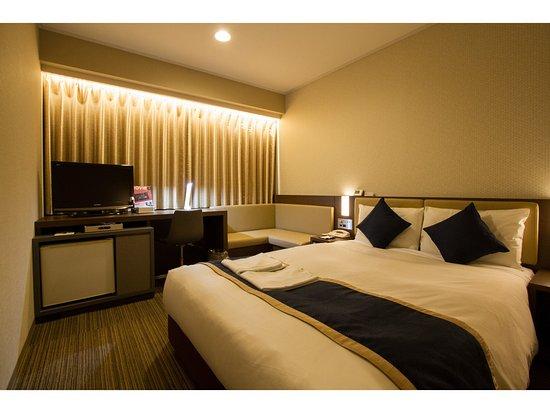 โรงแรมซันรูท อาซากุสะ