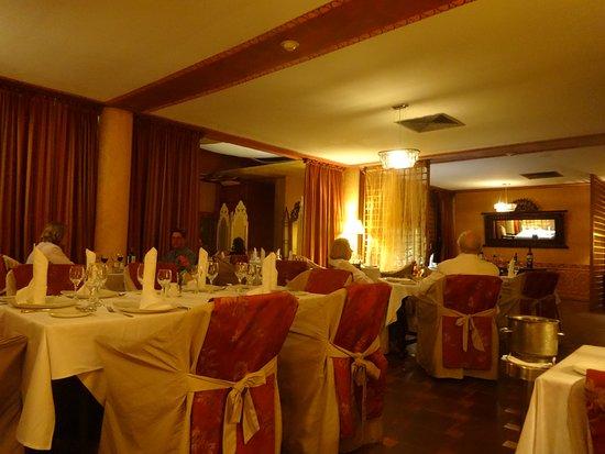 Paradisus Rio de Oro Resort & Spa: Uno de los restaurantes