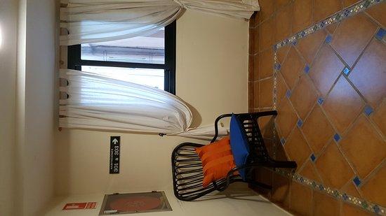 Hotel Dona Catalina : 20170121_084231_large.jpg