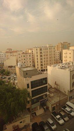 Al Liwan Suites: Utsikt från hotellrummet