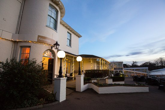 ‪Warner Leisure Hotels Gunton Hall Coastal Village‬