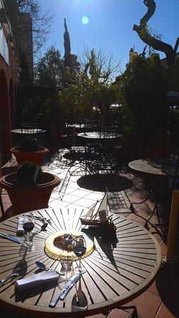 La Table Du Port : Terrasse restaurant