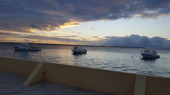 Kralendijk, Bonaire: 20170120_182102_large.jpg