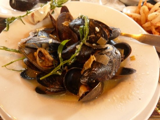 Cafe Degas: Mussels