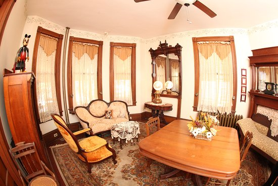 The Prince Edward Victorian Suites-billede
