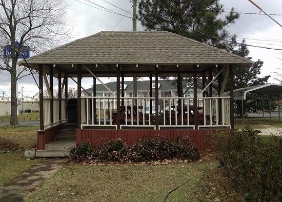 Greenville, AL: picnic pavilion