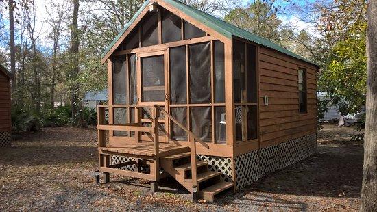 Folkston, GA: Deluxe Cabin A