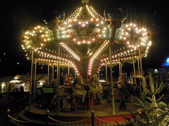 Ultimo dell 39 anno a parco tivoli foto di giardini tivoli copenhagen tripadvisor - Bagno di romagna ultimo dell anno ...
