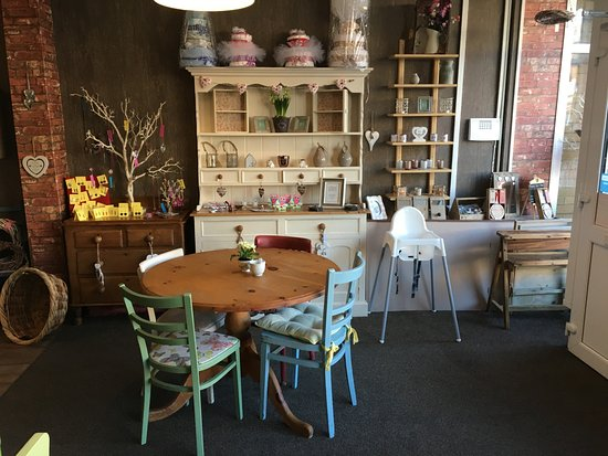 Beautiful Shabby Chic Style - Picture of Buttermilk, Blackpool ...