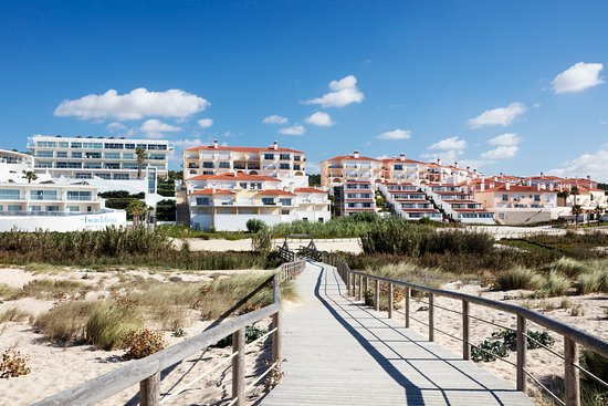 Apartments at Praia D'el Rey Golf & Beach Resort