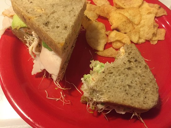 Julienne Tomatoes : Cozy lil' place, great sandwich: Gotta Try This=roasted turkey breast w/ avocado, sprouts & sun-