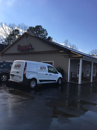 Petersburg, VA: Nanny's - Great Buffet