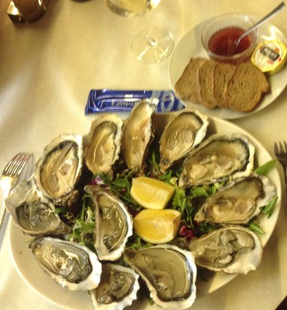 Fayence, France: huîtres marennes d oleron