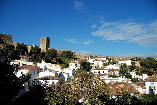 Amoreira, Portugal: Obidos Mediaval Village just 15km away