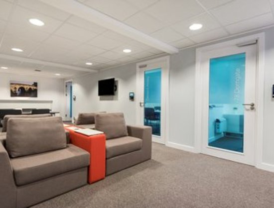 Watford, UK: Regus meeting room