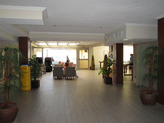 Intertur Palmanova Bay: lobbyn