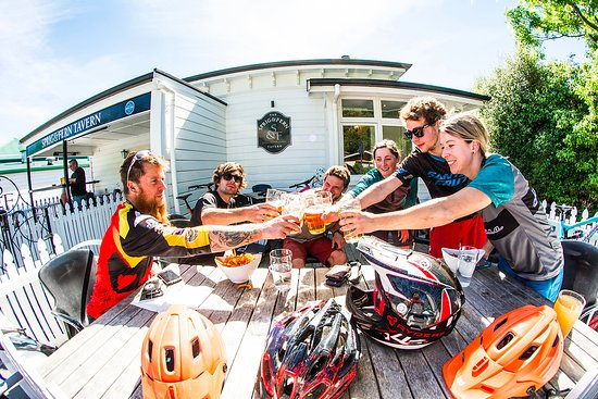 Tasman, New Zealand: Enjoy a local brew after an epic day on the bike!