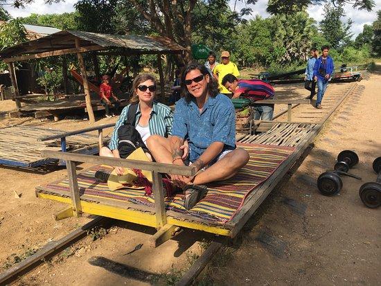 Μπαταμπάνγκ, Καμπότζη: It even has a grab rail for safety!