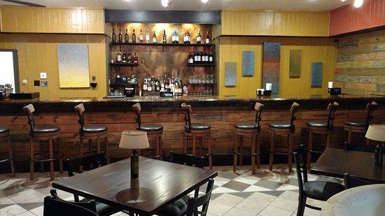 Berkeley Springs, Западная Вирджиния: Bar view