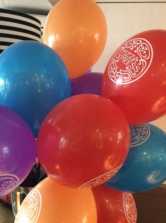 balloons for the children to take home picture of pizza express