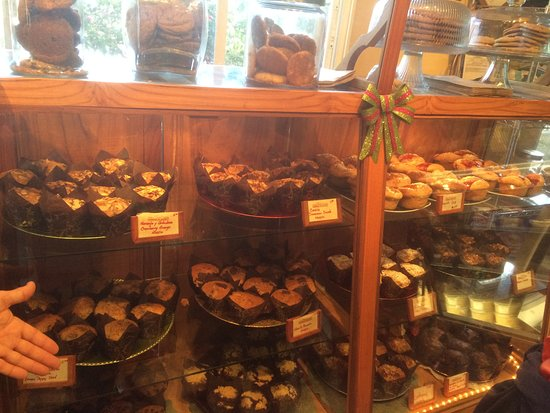 Sugar & Spice Dulces Gourmet: Did I mention the Muffins?