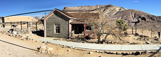 Rhyolite: Bottle House
