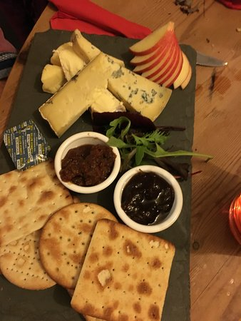 Polbathic, UK: Cheese Board