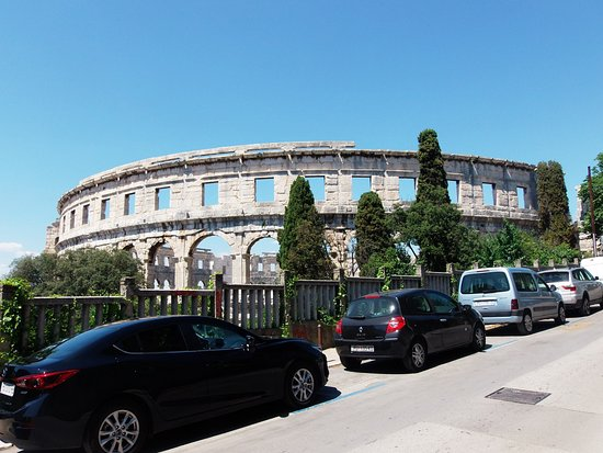 The Arena in Pula: wspaniała budowla