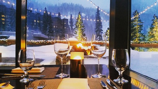 Olympic Valley, CA: Dinner with a view...