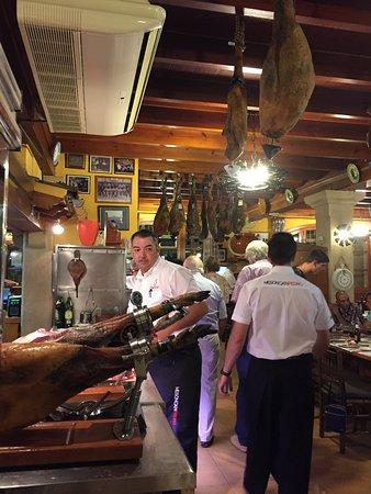 Can Pedro: Delar av köket och skinkorna
