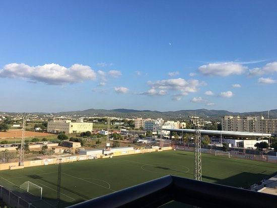 Hotel Galera : Football field nearby