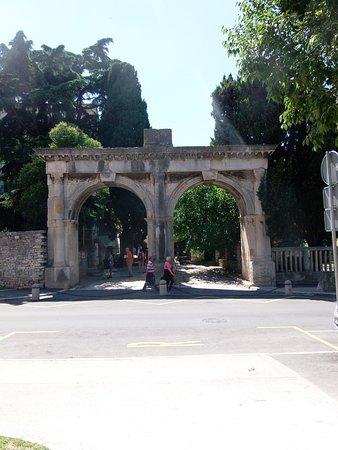 Pula, Chorwacja: brama