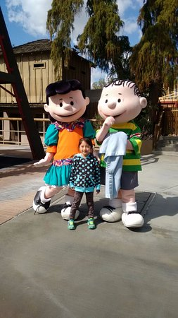 Knott's Berry Farm: Encontro e fotos com personagens