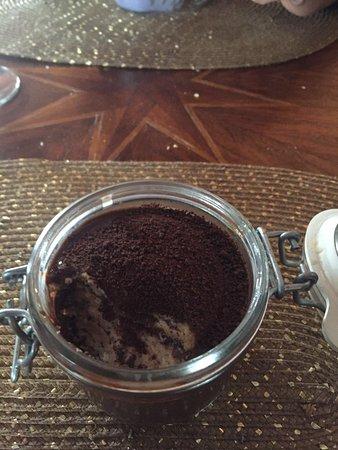 Perhaps Tapería: Tarta chocolate con galletas