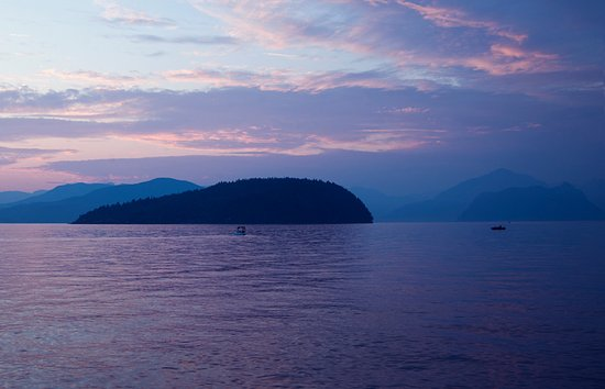 Скуомиш, Канада: Sunset at Porteau Cove by Marlene Ford Photography
