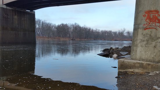 Port Jervis, NY: The Delaware River looking North